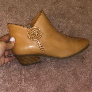 Jack Rogers leather ankle booties